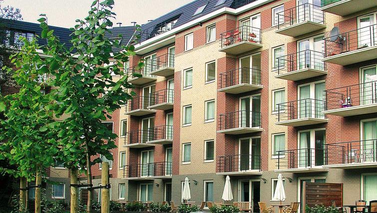 Exterior at Green Gardens Apartments - Citybase Apartments