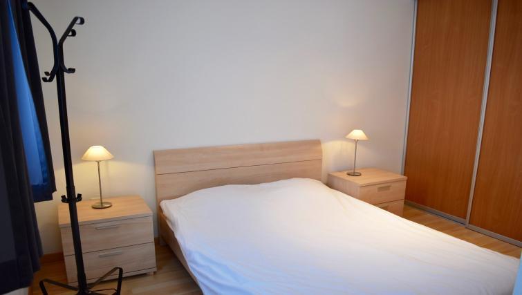 Bedroom at Green Gardens Apartments - Citybase Apartments