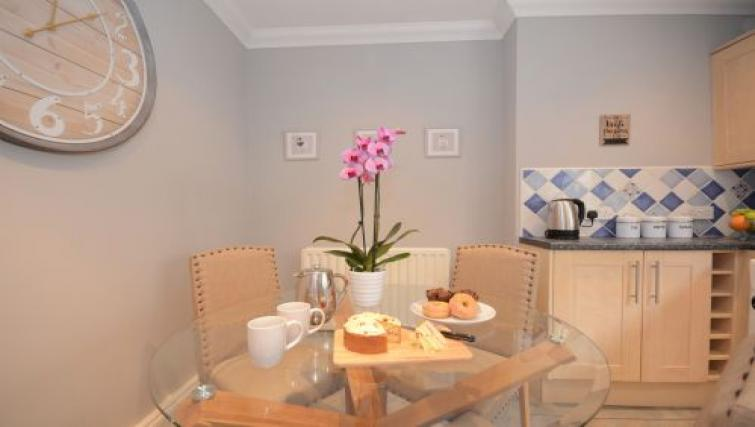 Dining table at Hampden Street Apartment - Citybase Apartments