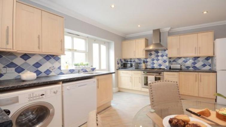 Kitchen facilities at Hampden Street Apartment - Citybase Apartments