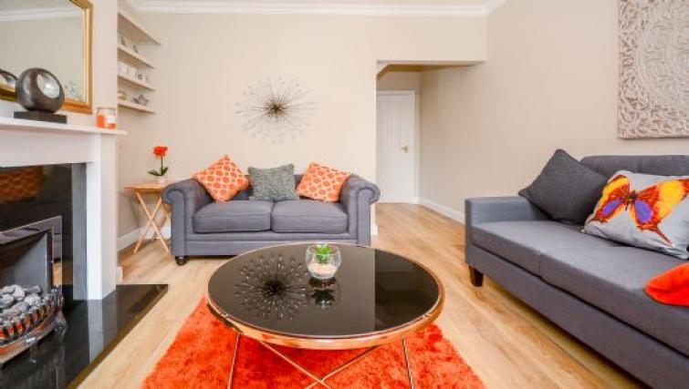 Spacious lounge at Hideaway House - Citybase Apartments