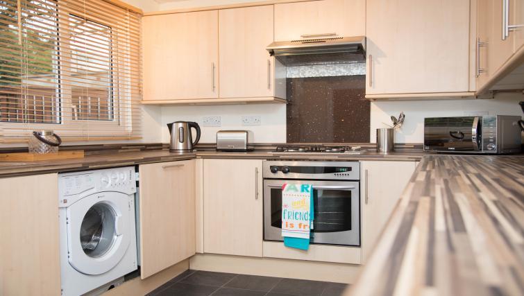 Kitchen at Glen Lee View Apartment - Citybase Apartments