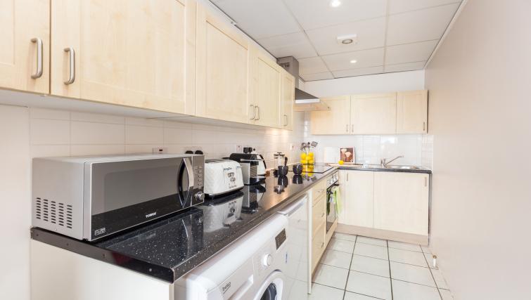 Kitchen at Baker Street Apartment - Citybase Apartments