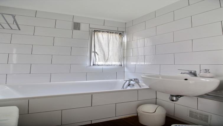 Bathroom at Laromiguiere Apartment - Citybase Apartments