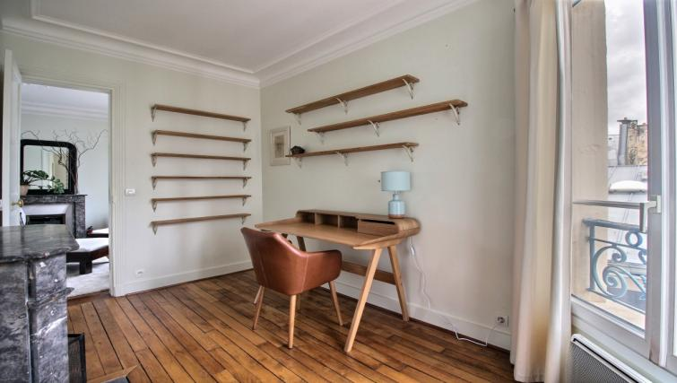 Wooden flooring at Laromiguiere Apartment - Citybase Apartments