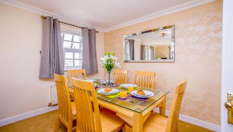 Dining table at The Boulevard Apartment - Citybase Apartments