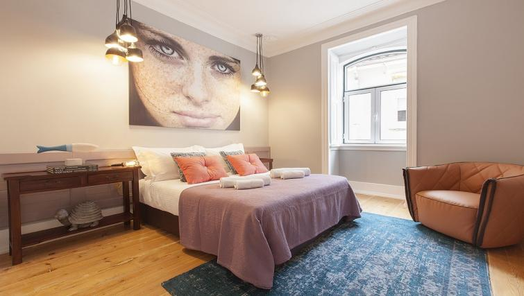 Bedroom at the Bairro do Amor Apartment - Citybase Apartments