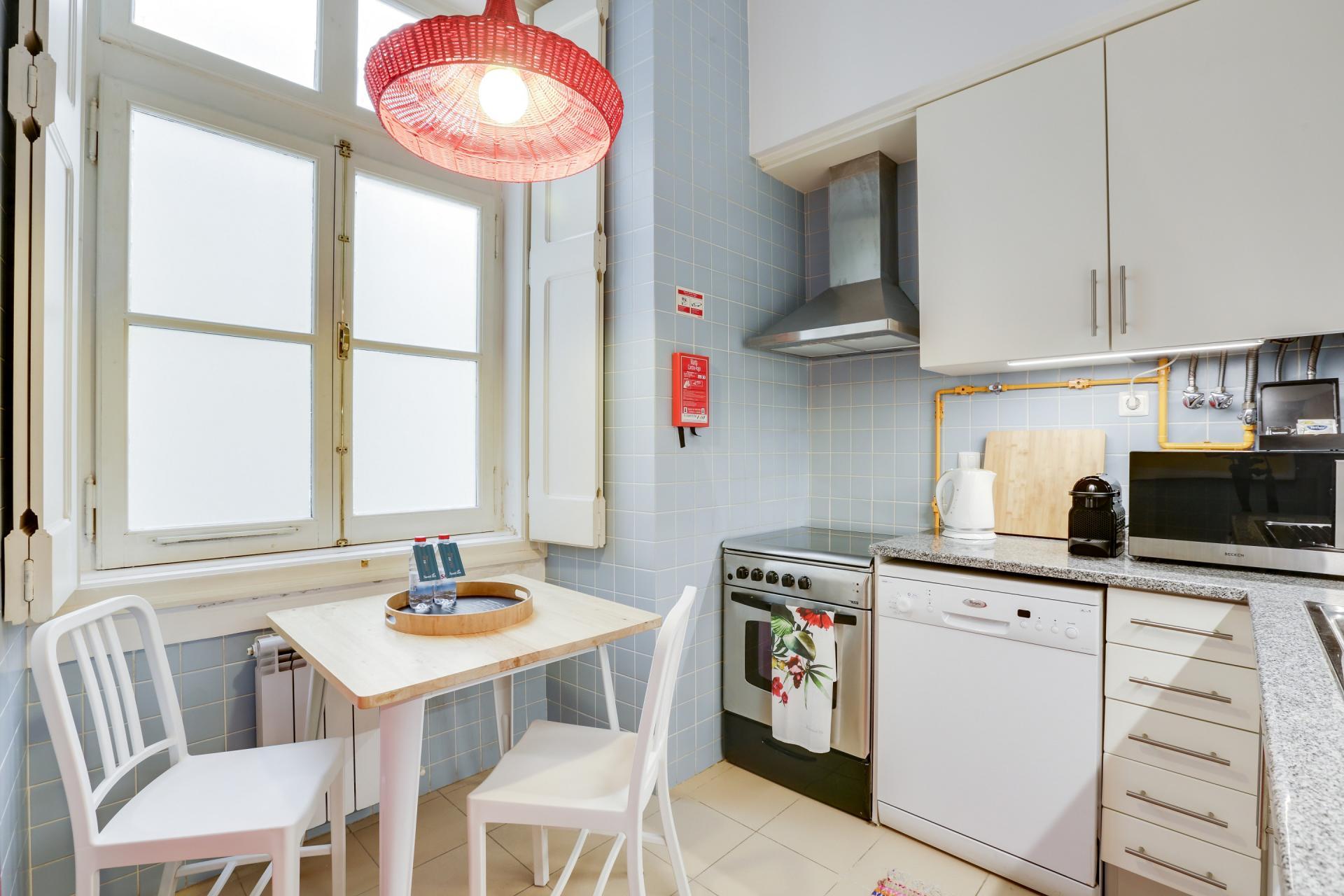 Dining table at Prata Apartments - Citybase Apartments