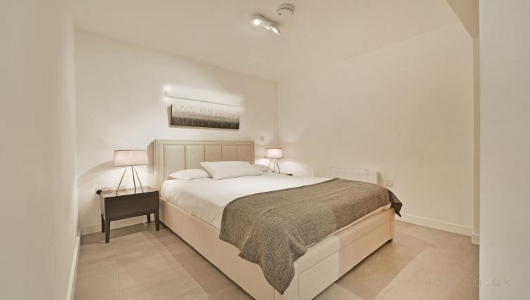 Bedroom at Old Compton House Apartments - Citybase Apartments