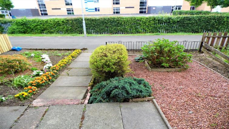Garden at Ness View Apartment - Citybase Apartments