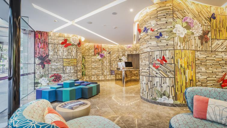 Reception at Brisbane Capri by Fraser - Citybase Apartments