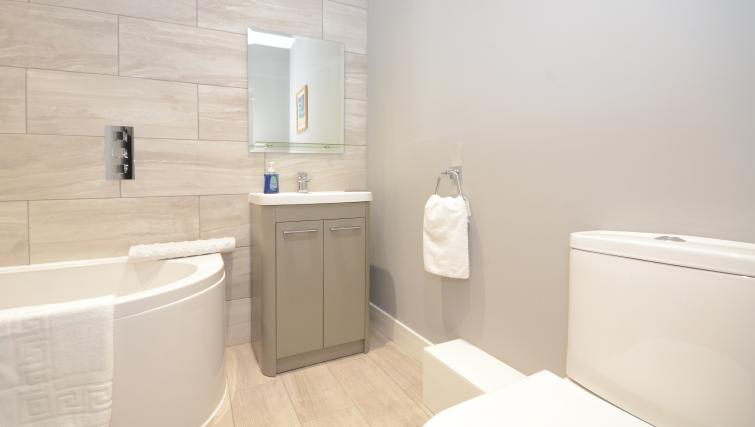 Bathroom at Froghall Suites Apartments - Citybase Apartments