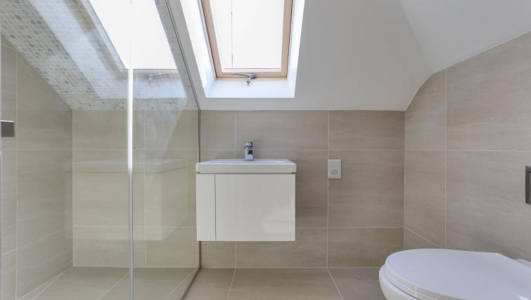 Bathroom area at the Kings Cross Serviced Apartments - Citybase Apartments