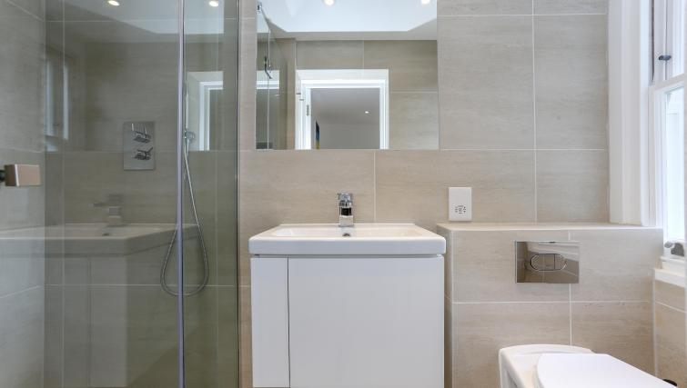 Bathroom at the Kings Cross Serviced Apartments - Citybase Apartments