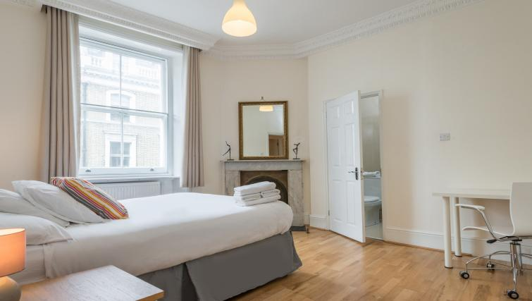 Bedroom at South Kensington Glendower Apartments - Citybase Apartments
