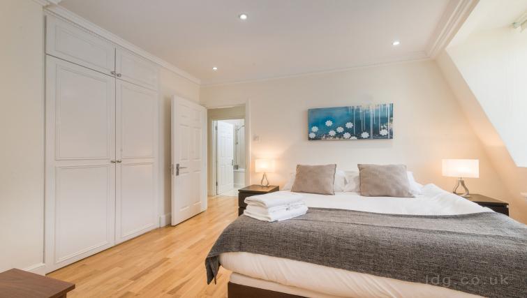 Wooden flooring at South Kensington Glendower Apartments - Citybase Apartments
