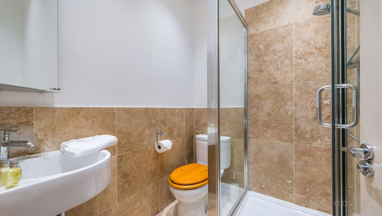 Shower at Theobalds Road Apartments - Citybase Apartments