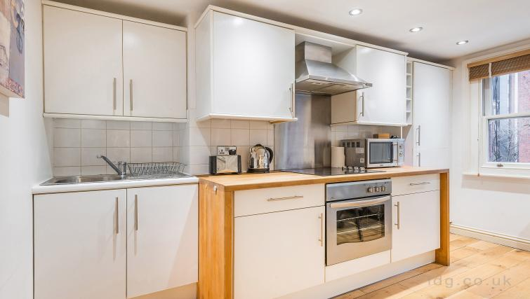 Kitchen at Theobalds Road Apartments - Citybase Apartments
