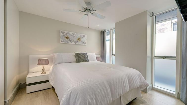 Double bedroom at Maltings Place Apartments - Citybase Apartments