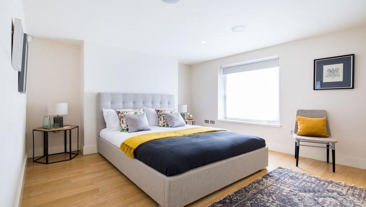 Furnishings at the Chelsea Villa Apartment - Citybase Apartments