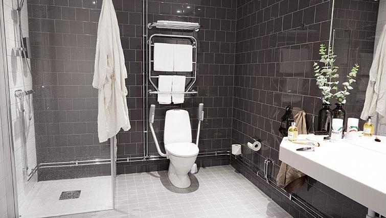 WC at Forenom Aparthotel Stockholm Kista - Citybase Apartments