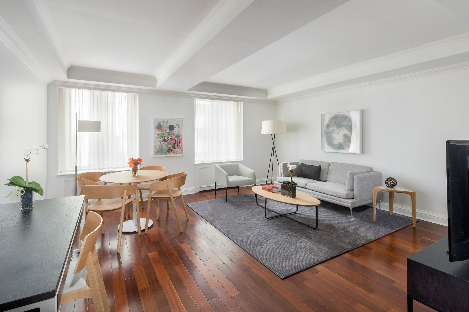 Living area at AKA Sutton Place, Midtown East, New York - Citybase Apartments