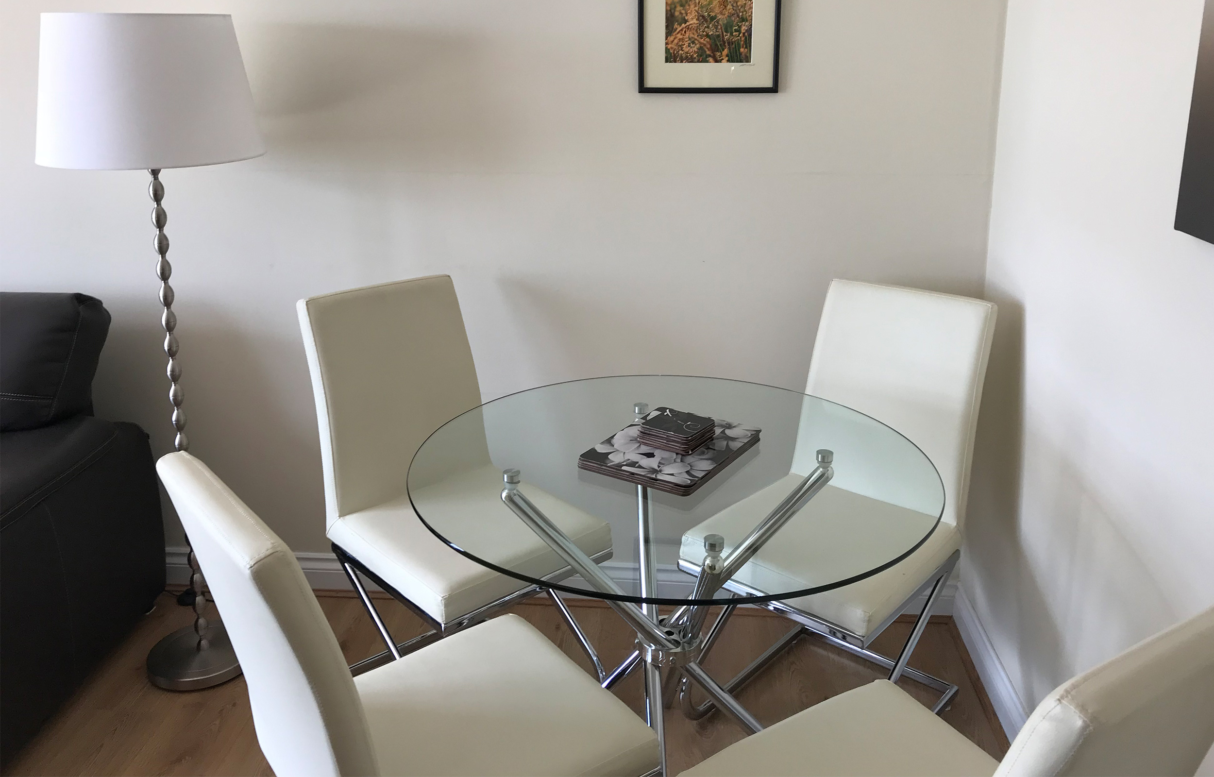 Dining table at Minerva Apartment - Citybase Apartments