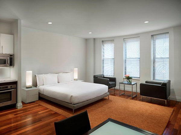 Bed at AKA Times Square, Times Square, New York - Citybase Apartments
