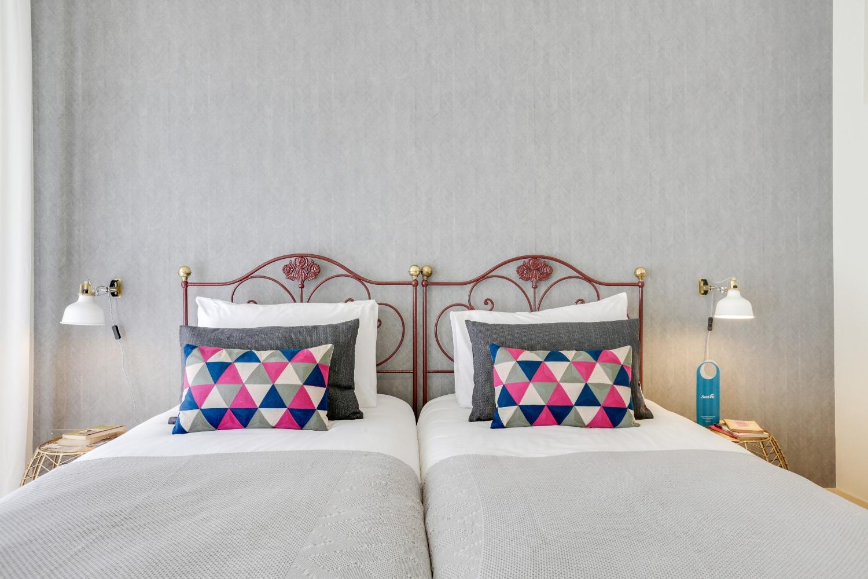 Twin beds at Santa Marta Apartments - Citybase Apartments