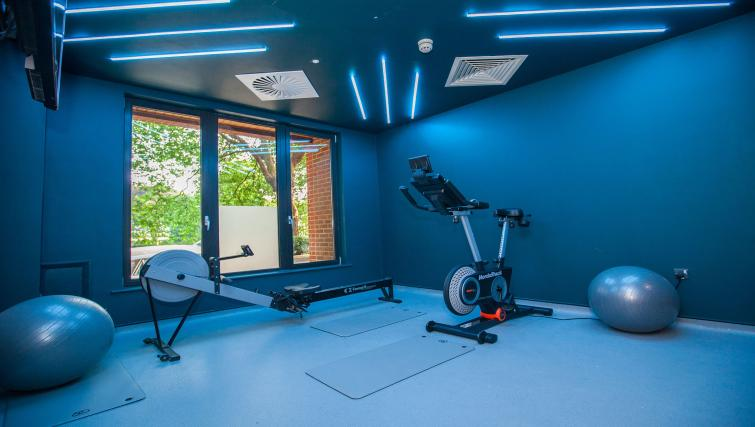 Gym at room2 Southampton - Citybase Apartments
