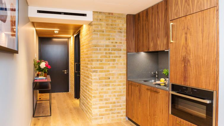 Modern kitchen at Native Bankside Apartments - Citybase Apartments