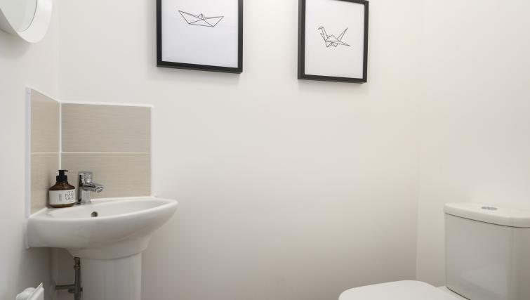 WC at Coventry Scandi House - Citybase Apartments