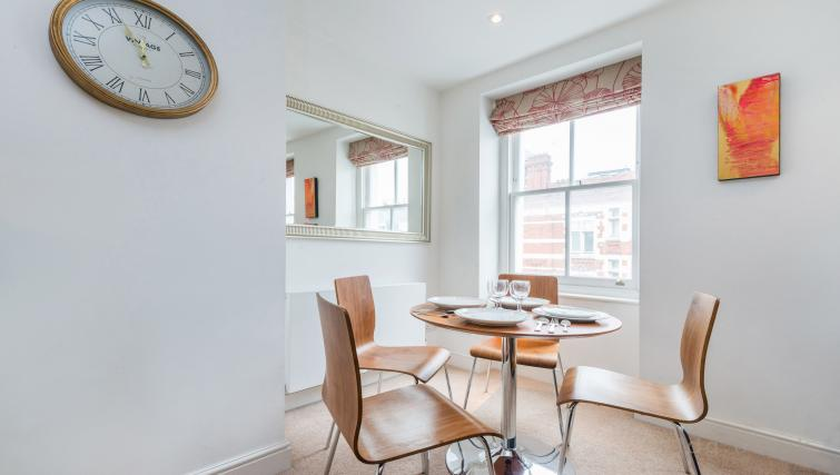 Dining table at Foley Street Apartments - Citybase Apartments