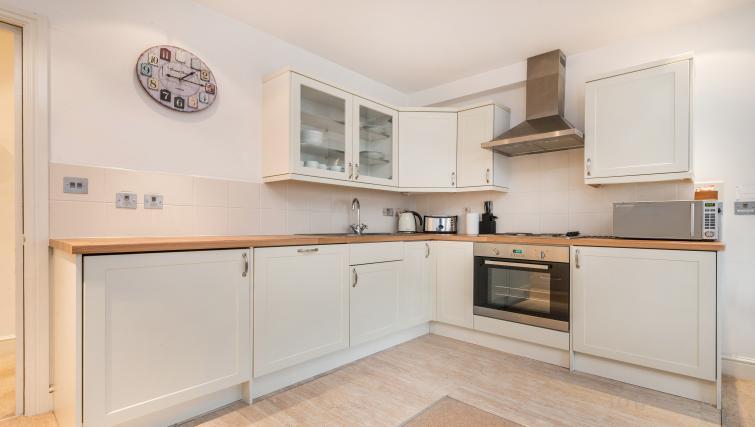 Kitchen at Foley Street Apartments - Citybase Apartments