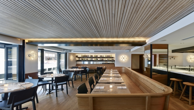 Restaurant at AKA Rittenhouse Square - Citybase Apartments