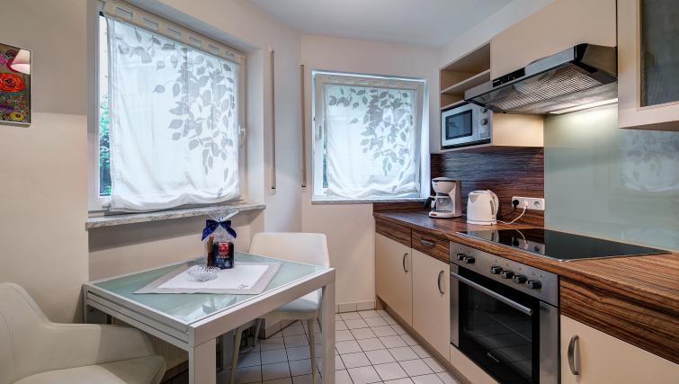 Pretty kitchen in Viktorias Apartment - Citybase Apartments