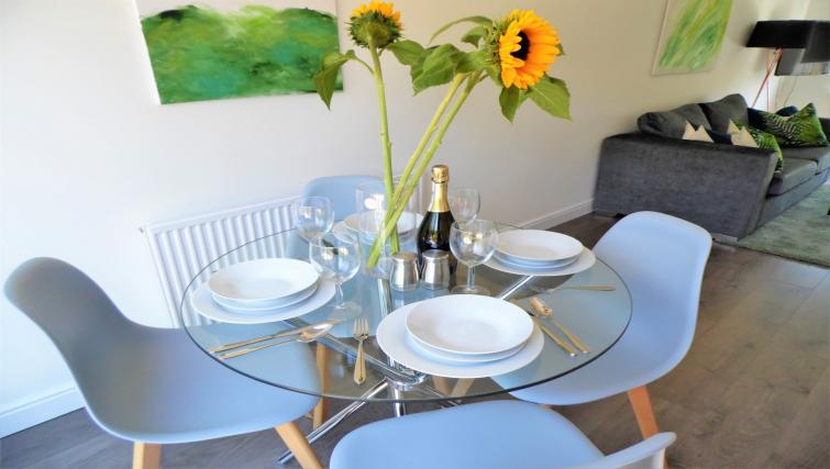 Dining table at Woodfield House - Citybase Apartments