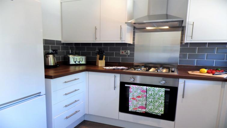 Modern kitchen at Woodfield House - Citybase Apartments
