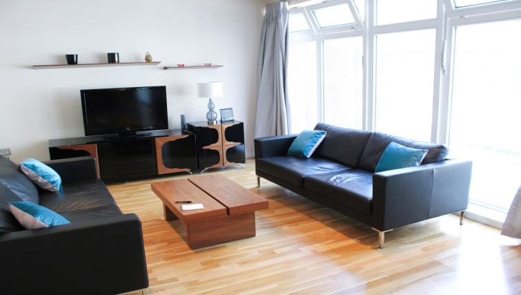 Lounge at Flying Butler Westrovia Apartments - Citybase Apartments