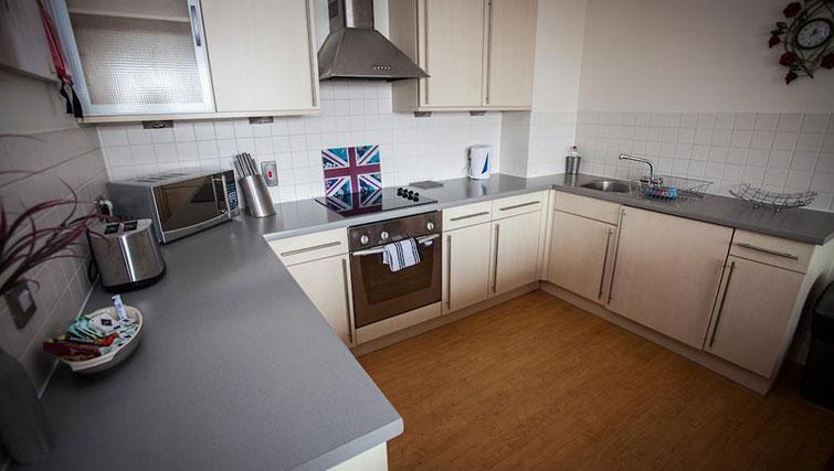 Kitchen at Cranbrook House Apartments - Citybase Apartments