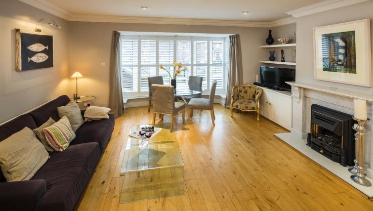 Living room at Ballsbridge Woods Apartment - Citybase Apartments