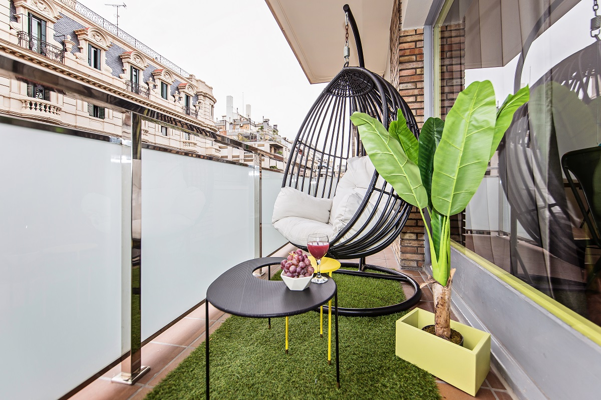 Balcony at Diagonal Fransesc Macia Apartment - Citybase Apartments
