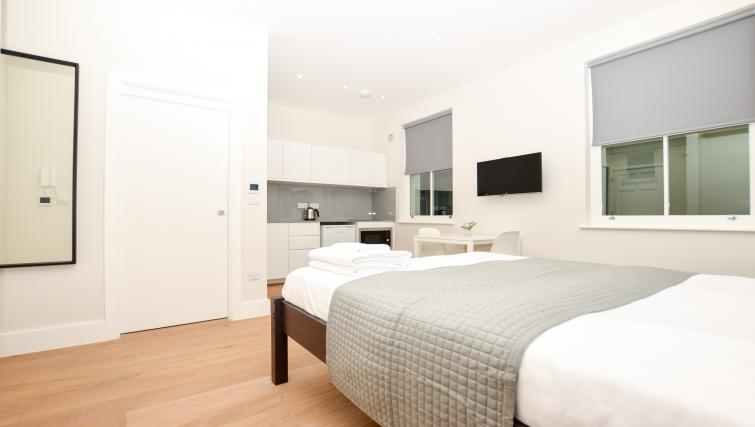 Modern bed at Warren Street Serviced Apartment - Citybase Apartments