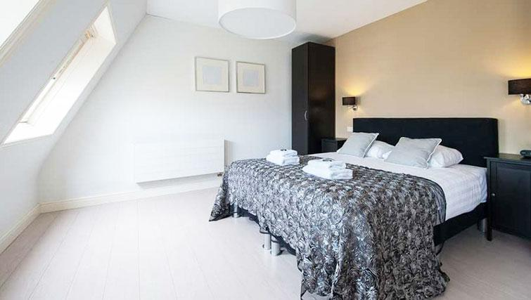 Bedroom at Dapper Market Apartments, Amsterdam - Citybase Apartments