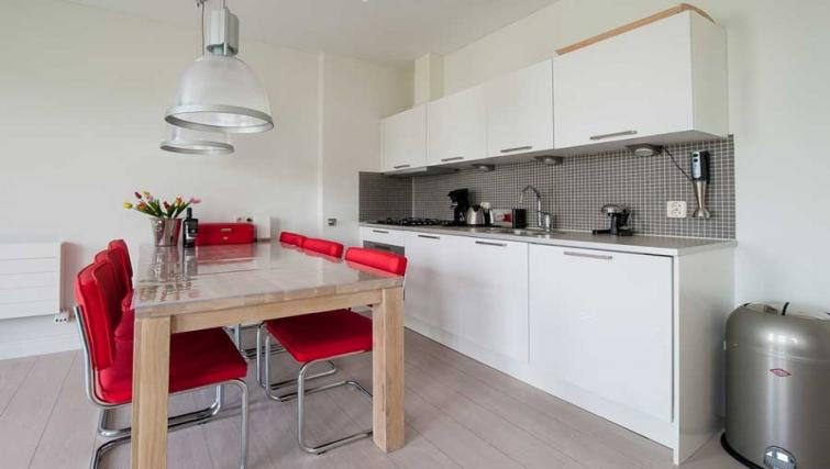 Kitchen at Dapper Market Apartments, Amsterdam - Citybase Apartments
