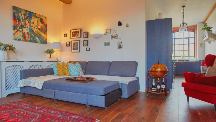 Living room at Raleigh Square Serviced Apartment - Citybase Apartments