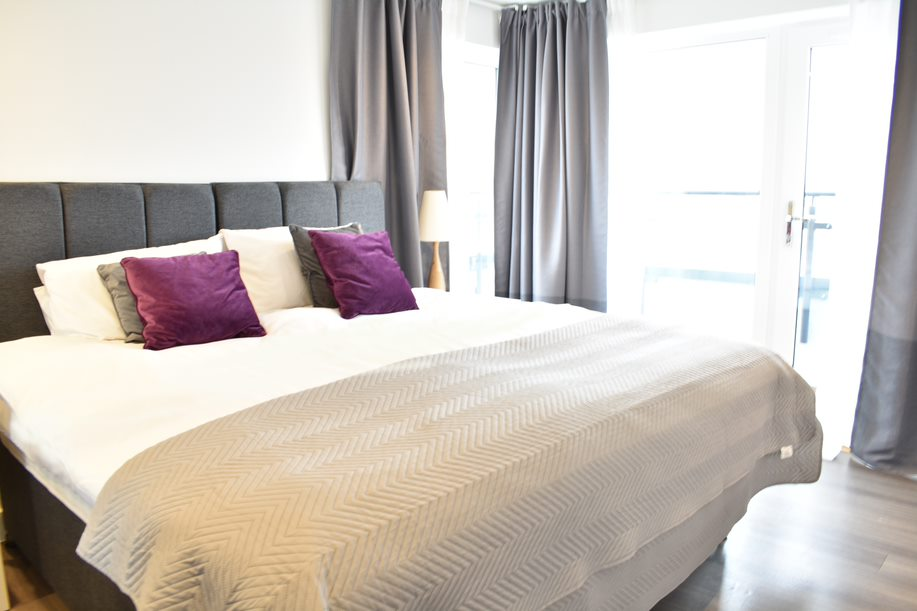 Main bedroom as Super King at Duke of Wellington Apartment - Citybase Apartments