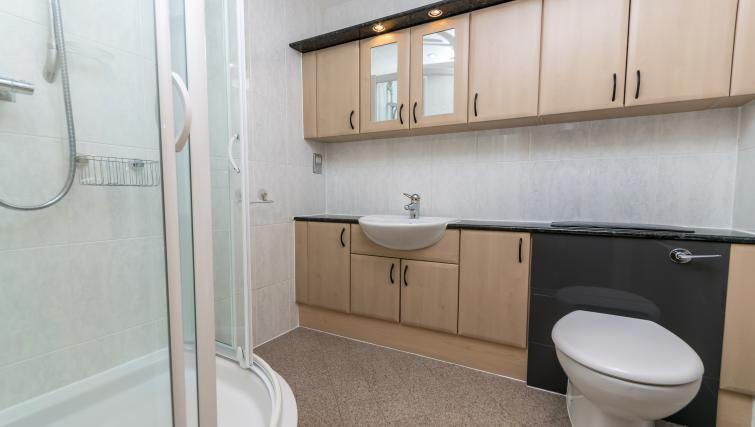 Bathroom at Foregate Street Apartment - Citybase Apartments