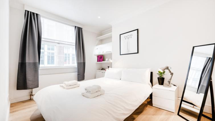 Bedroom at Wardour Street Apartments - Citybase Apartments