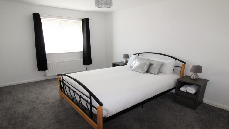 Double bed at the Belfast Penthouse & Apartments - Citybase Apartments